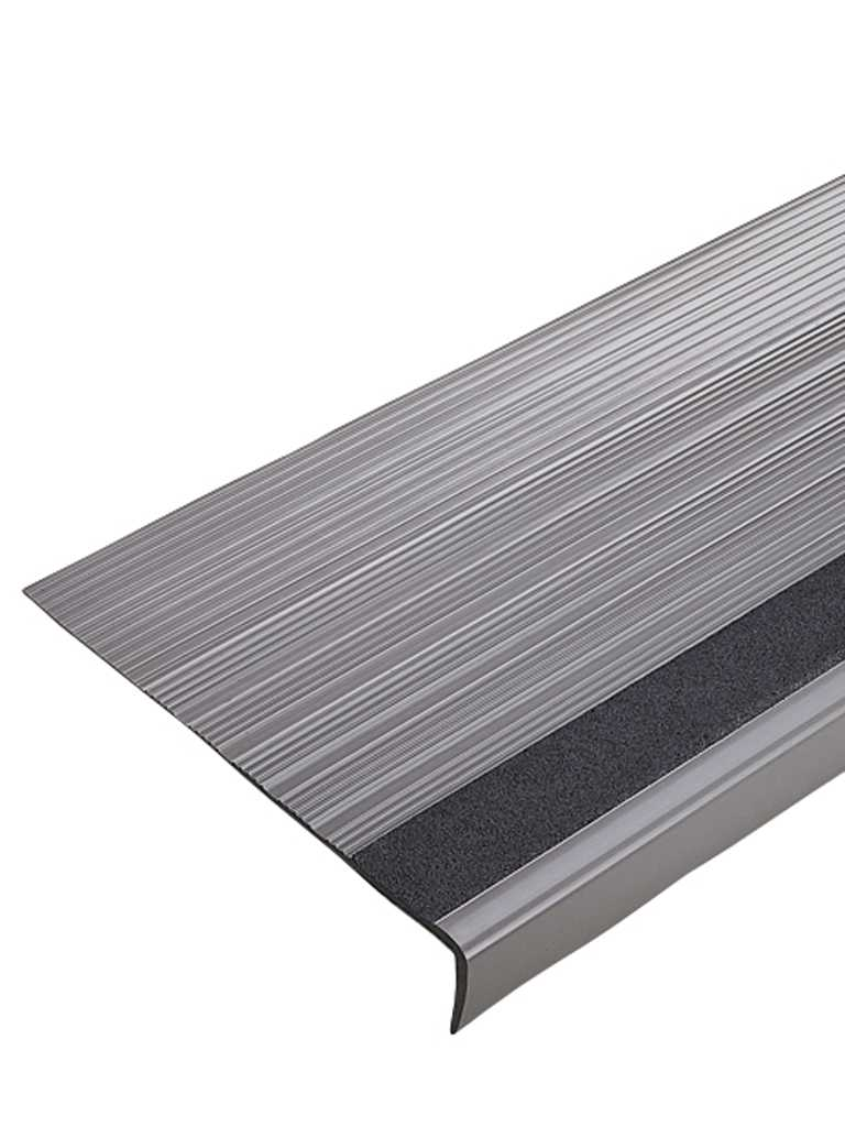 Linear Stair Tread Commercial 250 (Type TP/TV)